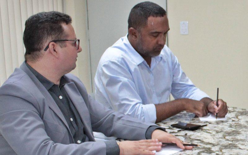 Presidente da Câmara e o prefeito de Porto do Mangue poderão formalizar parceria com o TRE-RN para emitir Títulos de Eleitor na cidade.